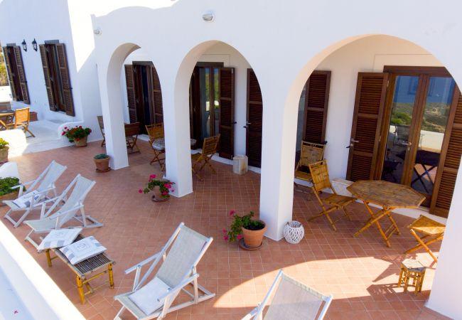 Chambres d'hôtes à Ponza - B&B Il Gabbiano camera matrimoniale 02