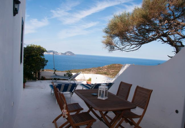 Bed and Breakfast на Ponza - B&B Il  Gabbiano Junior Suite