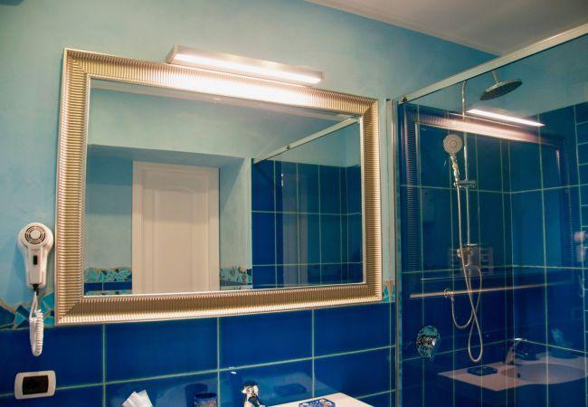Rent by room на Ponza - B&B Il Gabbiano camera tripla 06